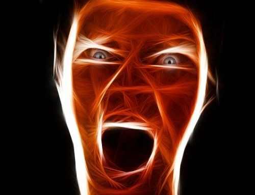 Körpersprache in der Selbstverteidigung richtig anwenden