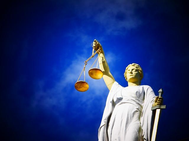 Recht - Selbstverteidigung für Frauen